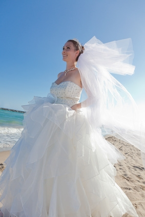 Hochzeitskleid bei der Trauung in Florida  Heiraten in Florida